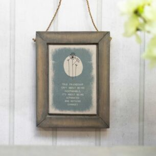 'True Friendship' Hanging Flower Picture