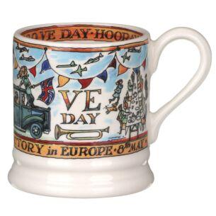 VE Day 75th Anniversary Half Pint Mug