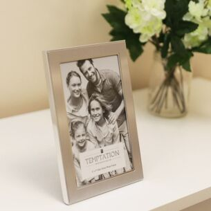 Silver Edged Photo Frame 6x4