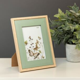 Light Wood & Olive Green Bevelled 4x6 Frame