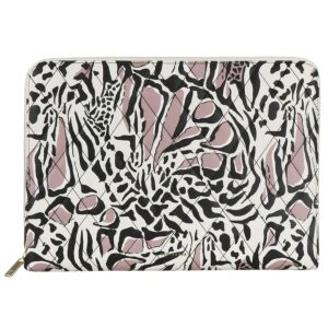BARNABY Giraffe Quilted 15-Inch Laptop Case