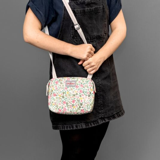 Hedge Rose Multi Pocket Busy Bag