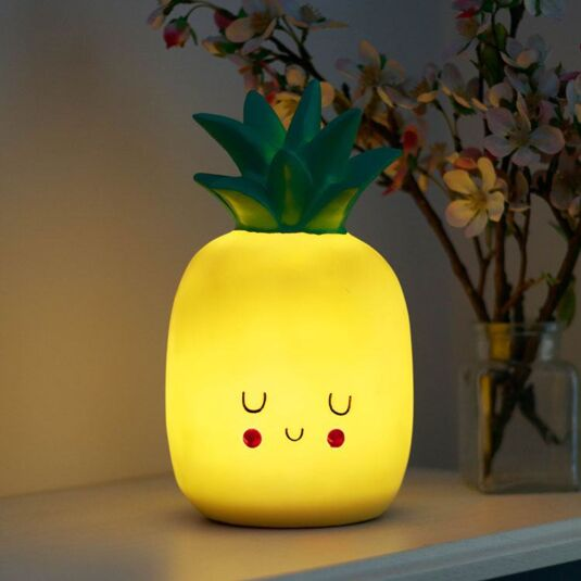 Hi-Kawaii Pineapple Lamp