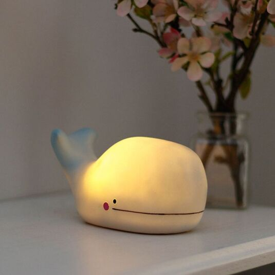 Hi-Kawaii Small LED Whale Lamp
