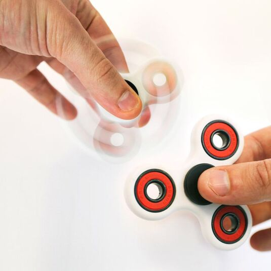 Red Finger Spinners