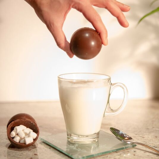 The Chocolate Bomb – Drinking Chocolate