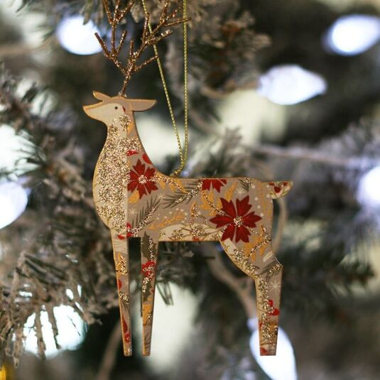 gisela graham wooden festive reindeer christmas tree decoration temptation gifts