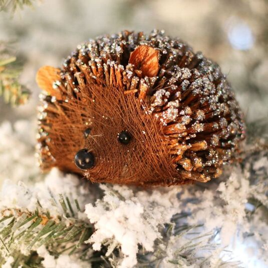 Small Twig Hedgehog With Glitter