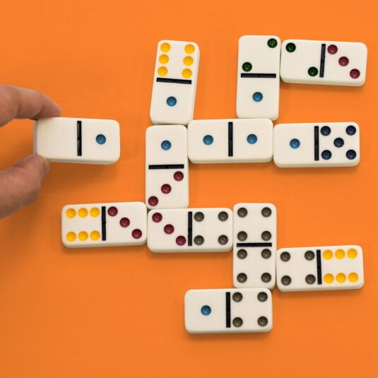 Coloured Dot Dominoes