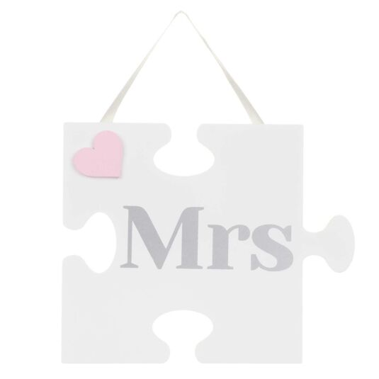'Mrs' Jigsaw Sign