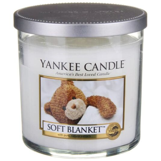 Soft Blanket Décor Small Pillar Candle