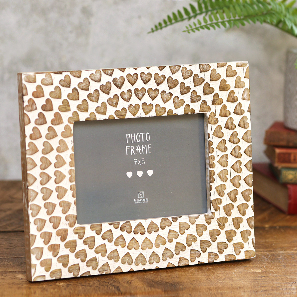 Transomnia Carved Wooden Hearts Photo Frame 7 x 5