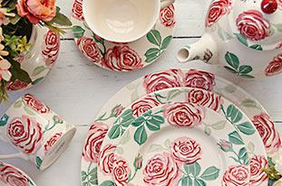 Browse everything in the Pink Roses range